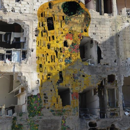 Syrian Kiss goes Viral by artist Tammam Azzam